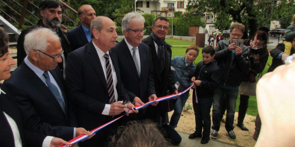 Inauguration de la Maison par M. le Maire Garonne