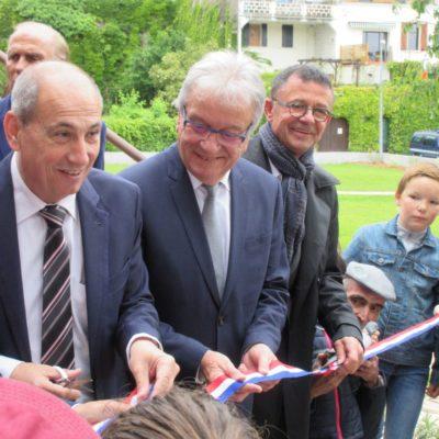 Inauguration de la maison garonne en présence de Michel Oliva
